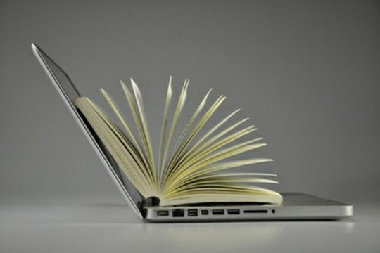 Didattica a distanza: oltre 2.400 i neolaureati, più di 6.400 gli esami online per gli studenti