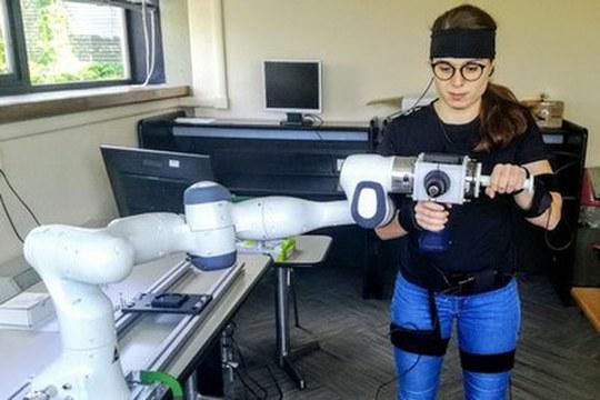 Lavoratori e robot collaborativi: come garantire la sicurezza?